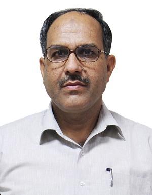 एम.ए.खान -महाप्रबंधक (राजभाषा अधिकारी और प्रशासनिक अधिकारी, एनएसआईसी बिजनेस पार्क, नई दिल्ली)
